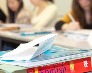 Examenul Cambridge English poate echivala un test important de admitere pentru elevi