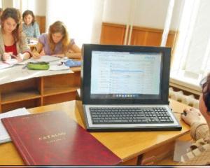 Introducerea cataloagelor online ar putea revolutiona sistemul de invatamant romanesc