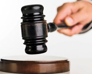 Primul manual cu notiuni de drept explicat pe intelesul elevilor