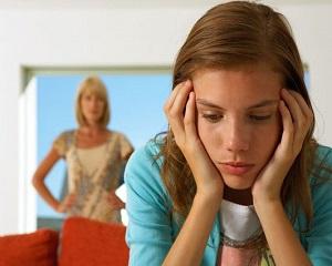 Cum sa comunici mai bine cu adolescentul tau. 5 sfaturi utile pentru parinti
