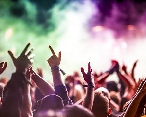 Surpriza pentru cei care vor lua 10 la Bacalaureat! Vor merge gratuit la doua mari festivaluri