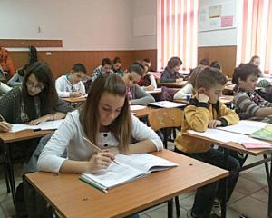 Elevii din Capitala, campioni la matematica