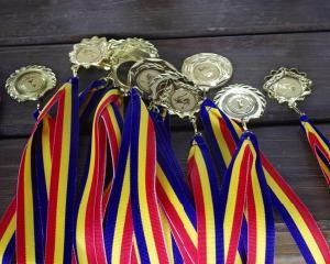 Cei mai premiati elevi la concursuri scolare si olimpiade nationale in 2014