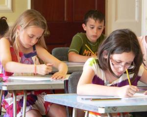 Concursul Comper 2015: urmeaza proba de Lectura si scriere creativa