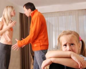 Situatia scolara a elevilor este influentata de conflictele familiale