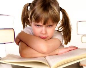 De ce sunt prescolarii si scolarii mici tot mai irascibili si neascultatori