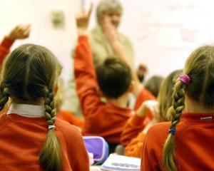 Elevii din Bucuresti vor face cursuri de oratorie