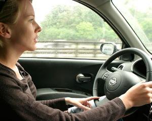 Cum pot deconta naveta profesorii care se deplaseaza cu autoturismul personal