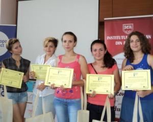 Diplomele pentru elevii premianti vor fi redactate in limba materna