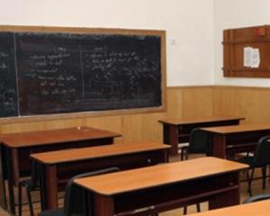 Doi directori de liceu au fost demisi in urma inspectiilor reprezentantilor Educatiei