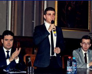 Sa facem cunostinta cu noul presedinte al Consiliului National al Elevilor din Romania