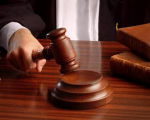 Elevii de liceu vor lua cursuri de educatie pentru integritate chiar de la magistrati