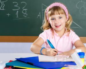 Ministerul Educatiei: numarul elevilor este in scadere