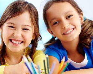 Miercuri, 5 Octombrie, nu se face scoala. Elevii sarbatoresc Ziua Mondiala a Educatiei