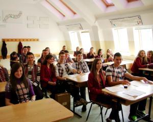 Elevii din Alba au invatat cum sa previna comportamentul violent