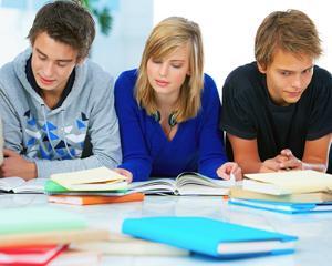 7 culegeri de teste care nu trebuie sa lipseasca din biblioteca niciunui elev