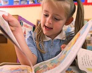 Elevii din invatamantul primar nu vor mai returna manualele la sfarsitul anului scolar