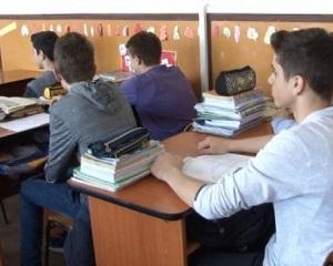 Ce cred elevii despre invatamantul romanesc: