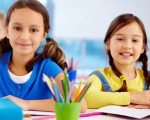 2 decembrie, zi libera pentru elevi. Cand se recupereaza cursurile