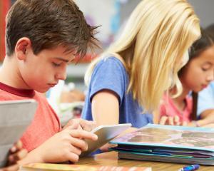 Alimentatia, activitatea fizica si somnul - cele mai importante elemente pentru procesul educational al copiilor
