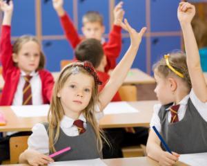 Metoda de evaluare care va inlocui notele si calificativele pentru elevii claselor I-IV