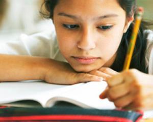A inceput Evaluarea Nationala 2016 pentru clasa a IV-a