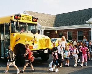 Regulament nou pentru organizarea taberelor si excursiilor scolare
