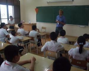 """Elevii cer sanctiuni pentru colectarea fondului scolii: """"Invatamantul trebuie sa ramana gratuit"""""""