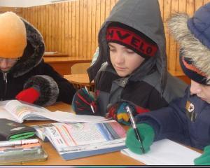 11.000 de elevi ingheata in scolile din Targoviste. Care este decizia Ministrului Educatiei