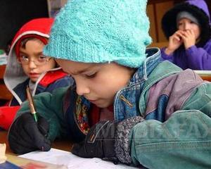 Frigul din scoli reduce orele de curs din Targoviste