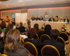 350 de elevi si profesori romani premiati la Iasi, in cadrul Galei Excelentei in Educatie