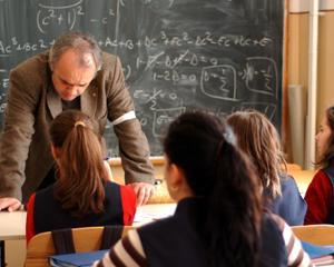 Reprezentantii FSLI cer declansarea grevei in toate scolile din Romania