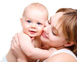 Oficial: Mamele care au mai mult de 3 copii primesc indemnizatii viagere