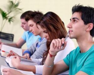 Luni este prima zi de inscriere la Evaluarea Nationala 2014