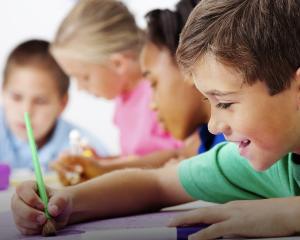 Nu vor fi copii in Bucuresti care sa nu aiba loc la clasa pregatitoare