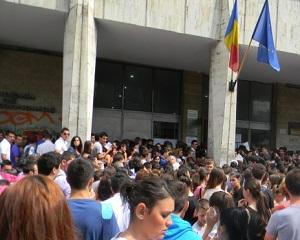 Inscrierile la universitatile din Romania pentru elevii din Republica Moldova se vor face online