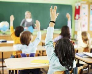 Dezbatere publica la Ministerul Educatiei, pe tema calitatii in invatamantul preuniversitar