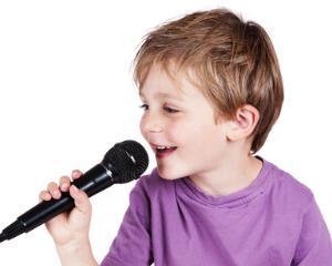 Karaoke, o metoda inovatoare de invatare a limbii engleze pentru copii