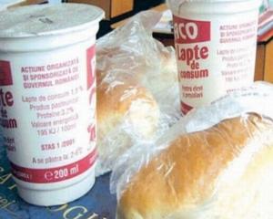 Anul scolar a inceput fara lapte si corn pentru mai multe judete din tara
