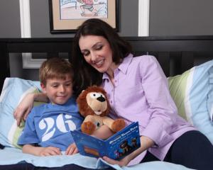5 motive pentru care lectura de seara este obligatorie pentru copii