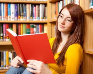 Lectura suplimentara. Cum ii convingem pe copii sa citeasca in timpul liber?