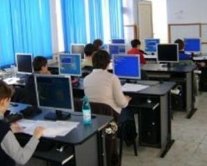 Informatica va fi materie obligatorie la gimnaziu de la toamna