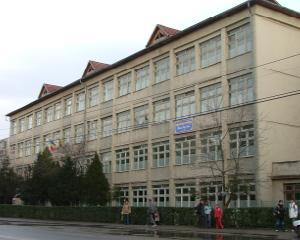 Liceu din Zalau dotat cu un laborator de electronica si automatizari in valoare de 250.000 de dolari