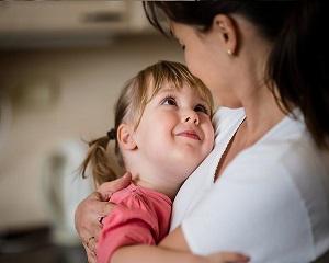 10 fraze pe care mamele ar trebui sa le adreseze fiicelor