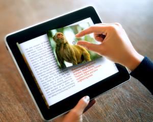 Noile manuale digitale sunt interactive si se bazeaza pe interdisciplinaritate
