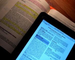 Manuale electronice pentru elevii de clasa I si a II-a, de la 15 septembrie