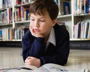 Elevii de clasa a II-a vor invata tot de pe manualele vechi, iar cei de clasa I de pe fise