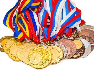 Argint si bronz pentru elevii romani la Olimpiada de Stiinte a Uniunii Europene