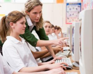 Bacalaureat 2014: meditatii online pentru elevii de clasa a XII-a