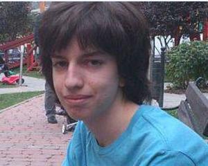 Un elev din Romania este membru MENSA la doar 15 ani